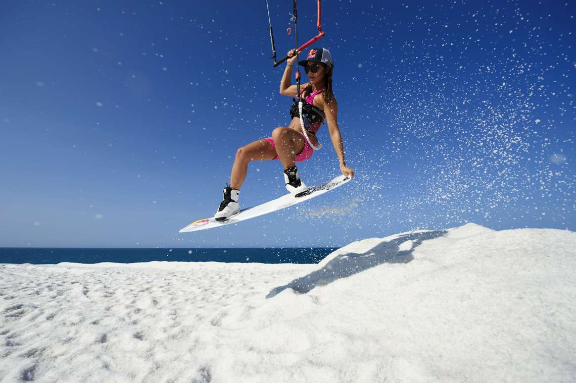 bruna kajiya kiteboarding on salt